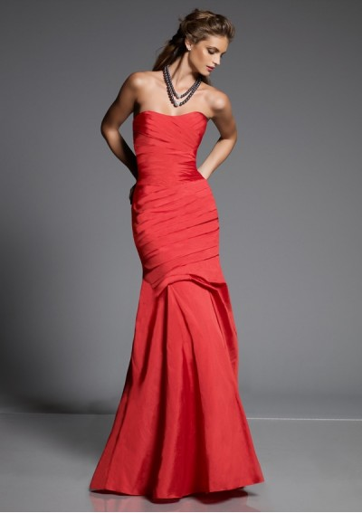 Taffeta Strapless Softly Curved Neckline with Asymmetrical Pleated Bodice 2012 Red Mermaid Bridesmaid Dress